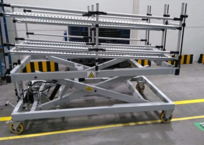 Wózek transportowy, podnoszony hydraulicznie